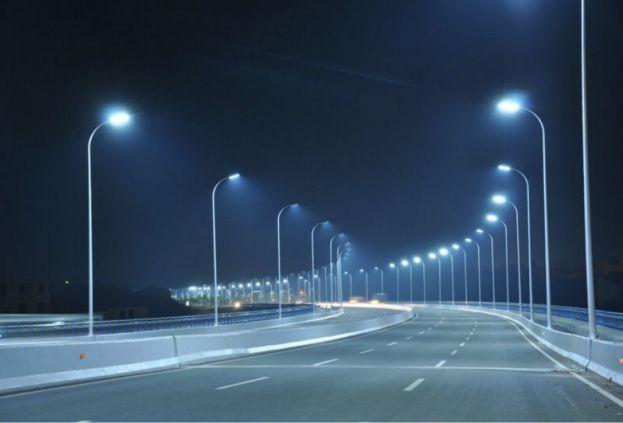 В Киеве установят 12 тысяч LED-светильников для уличного освещения / grani.lv