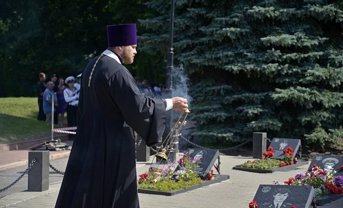 Атомний підводнийкрейсер «Курськ» затонув 12 серпня 2000 року / курская-епархия.рф