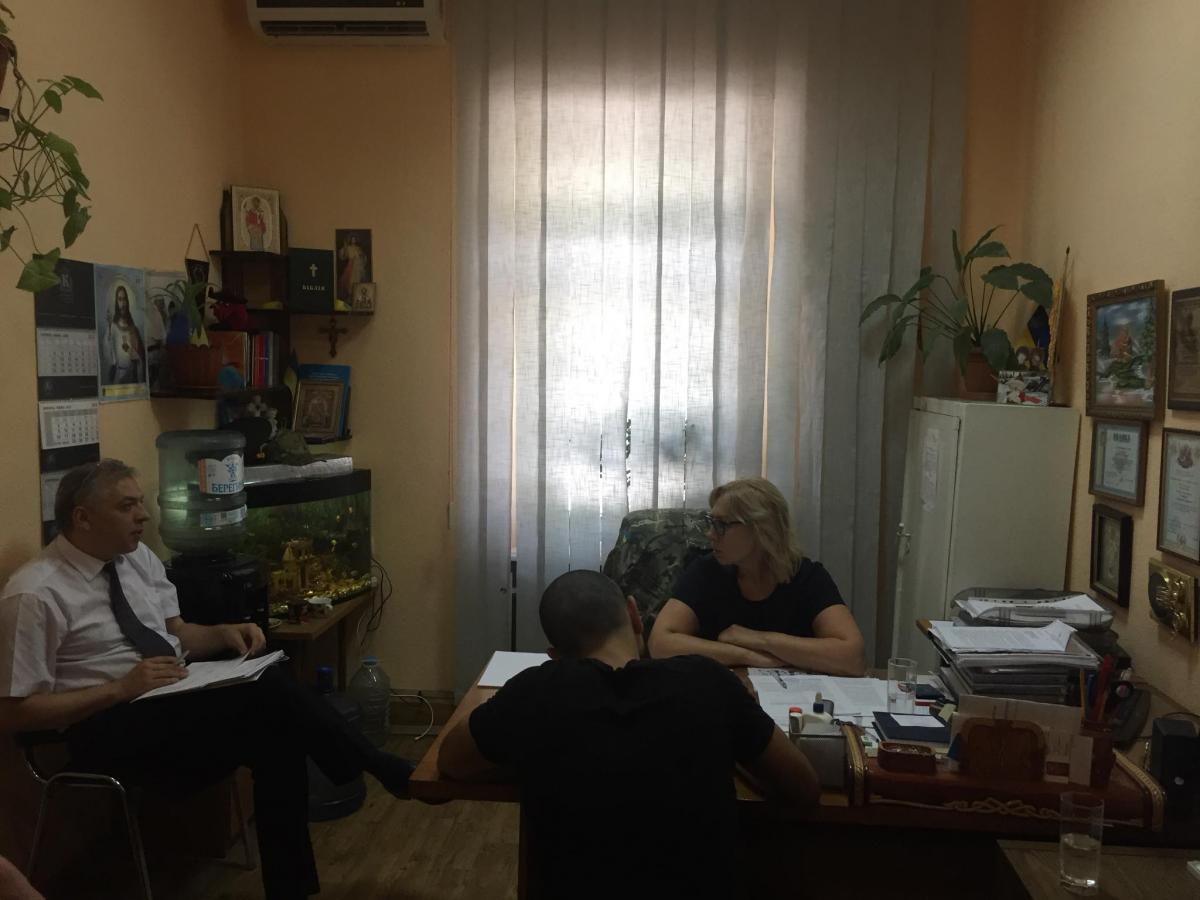 Двое заключенных в Украине россиян хотят, чтобы их обменяли на украинцев / Facebook - Людмила Денісова