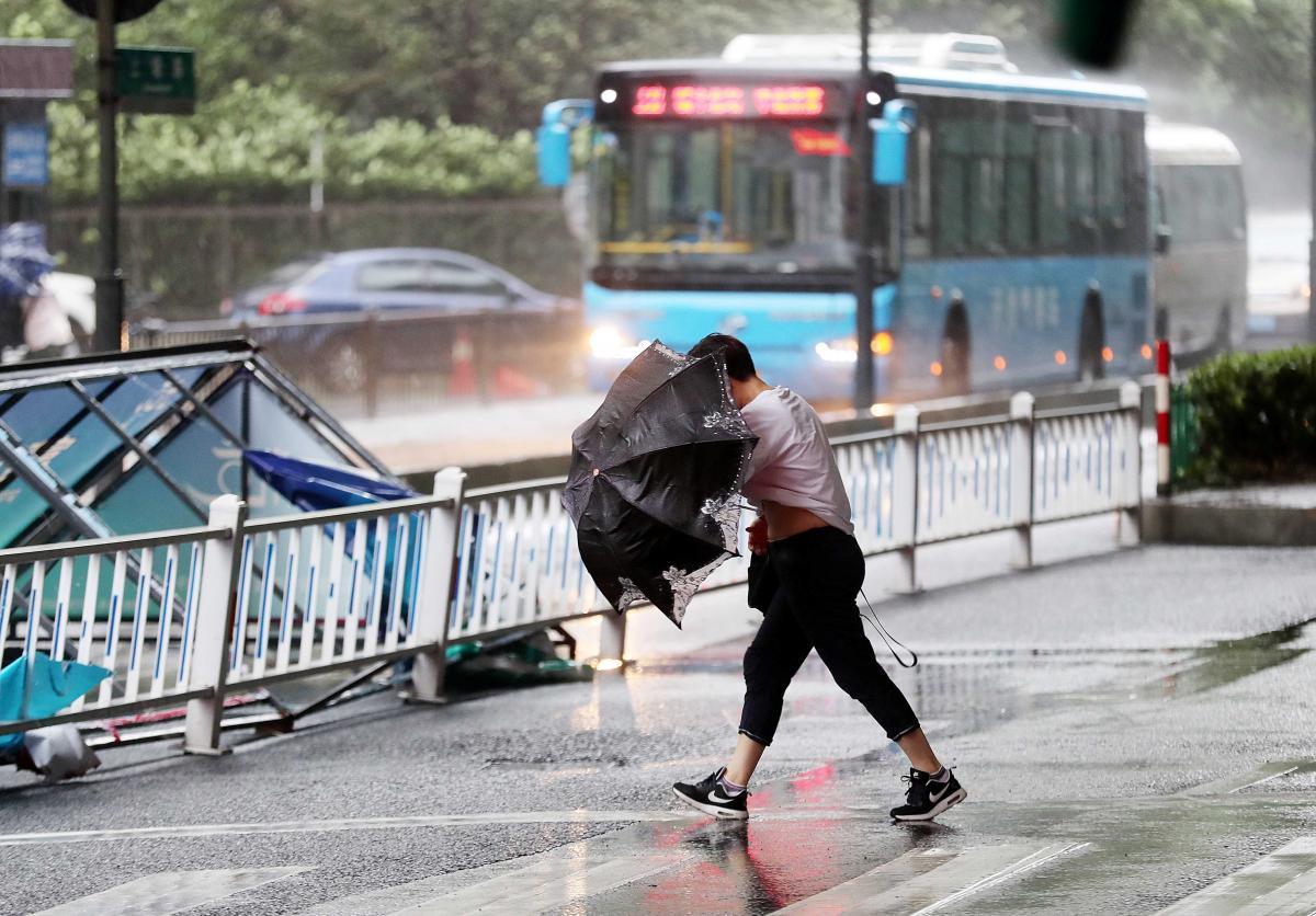 """Тайфун """"Яги"""" накрив східний Китай / REUTERS"""