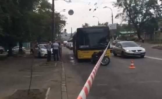 Поліція затримала нападника мотоцикліста / dtp.kiev.ua