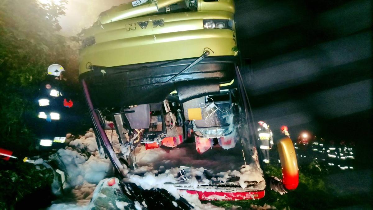 В Польше задержали водителя автобуса, который попал в смертельное ДТП / фото Pogotowie Ratunkowe w Przemyślu