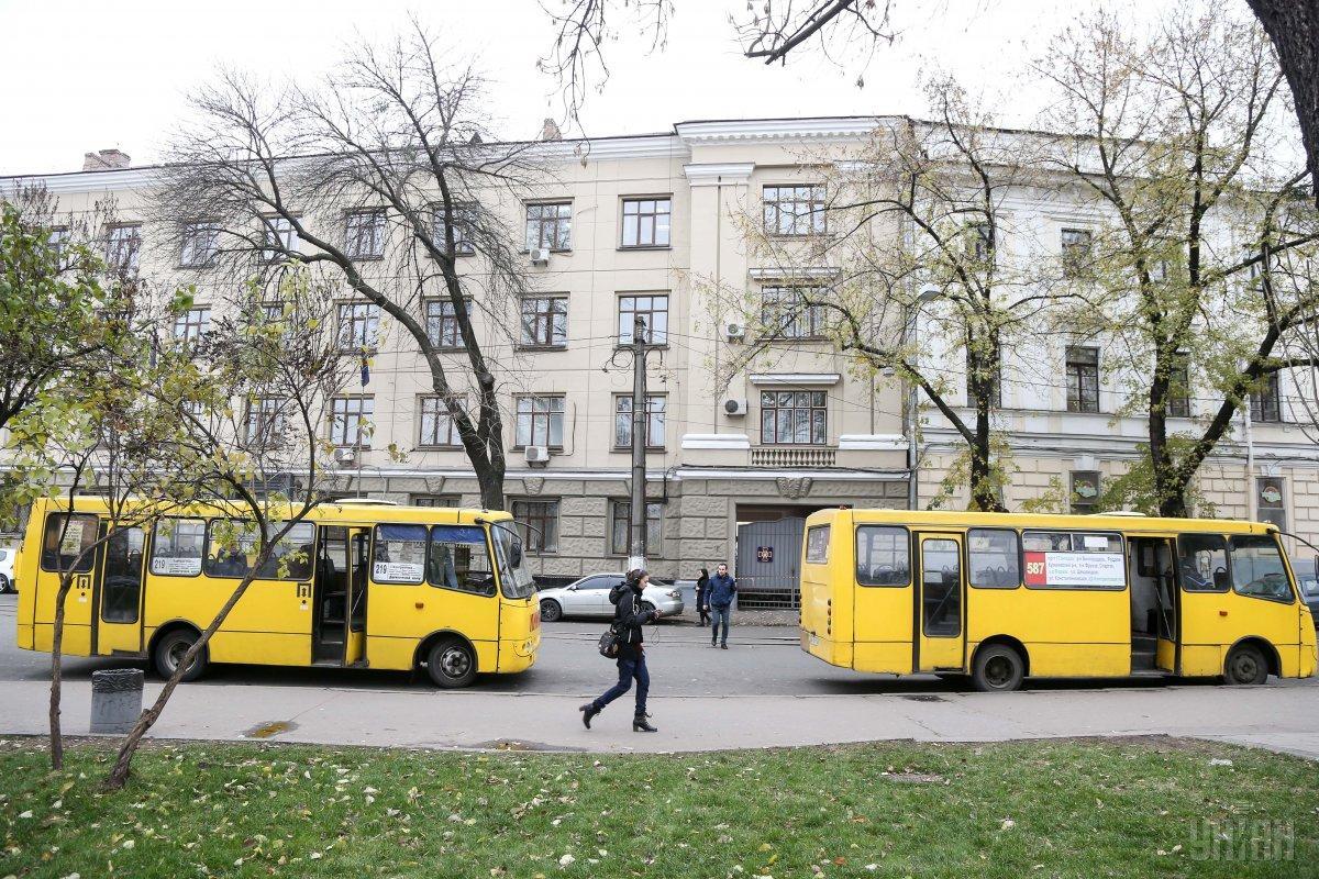 Укртрансбезпека перевірила громадський транспорт в Україні / фото УНІАН