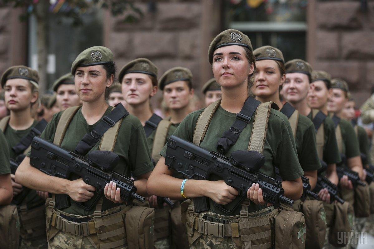 Степан Полторак подписал приказ о премии военным к Дню Независимости / фото УНИАН