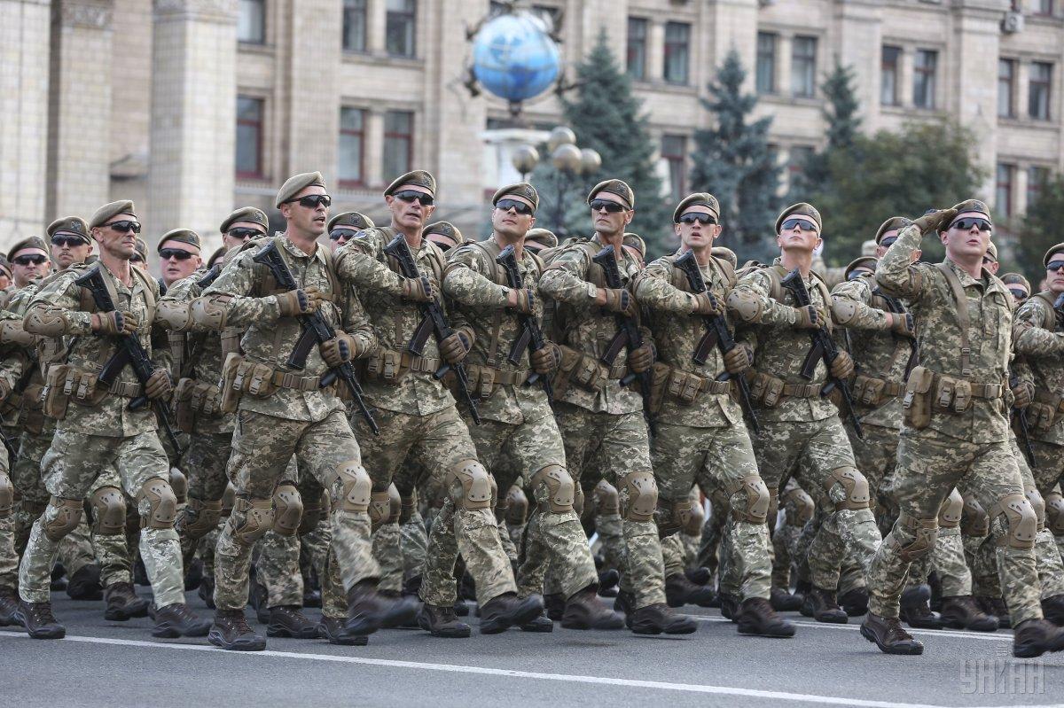 У центрі Києва в День Незалежності відбудетьсявійськовий парад / фото УНІАН