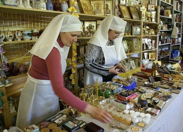 До уваги відвідувачів буде представлено великий асортимент церковної і промислової продукції / missia.od.ua