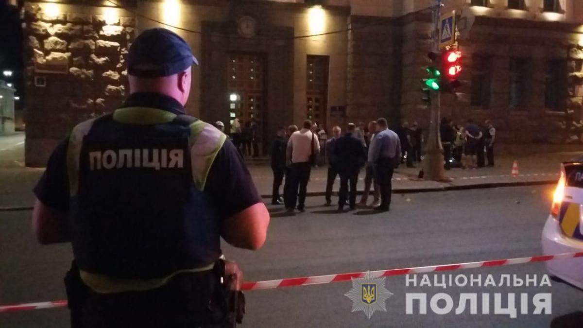 Стрілянина біля Харківської міськради сталася сьогодні вночі \ hk.npu.gov.ua