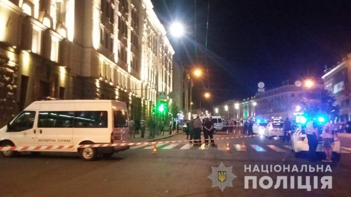 В ночь на 20 августа около Харьковского горсовета неизвестный устроил стрельбу \ hk.npu.gov.ua