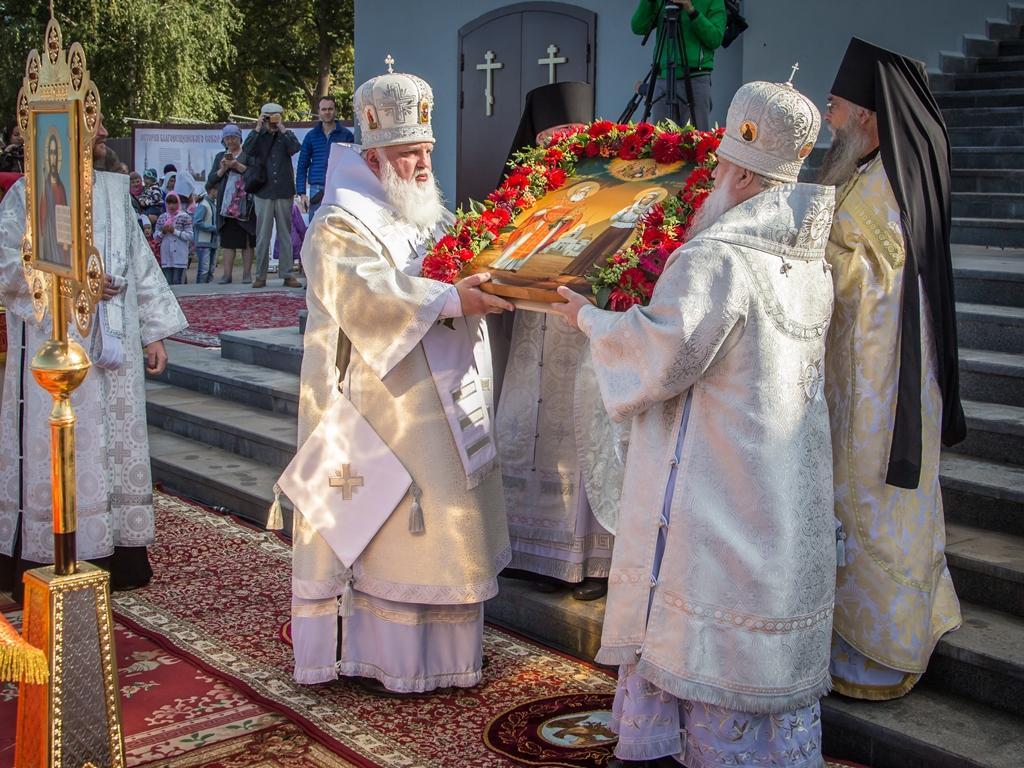 В Воткинске состоялся чин прославления сщмч. Николая Чернышева и его дочери Варвары / foma.ru