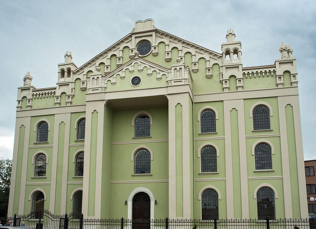 В Дрогобыче открылась восстановленная Хоральная синагога / фото Viktoria Temna