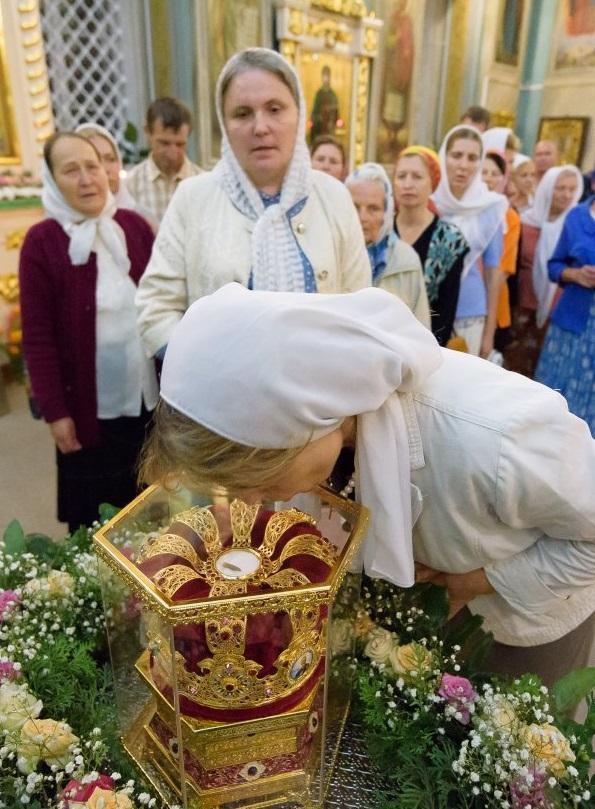 Православные Беларуси встретили мощи святой великомученицы Параскевы / eparhiya.by