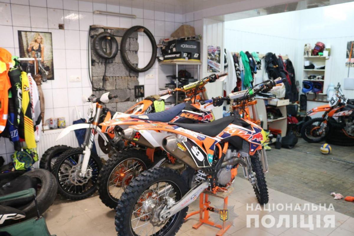 Викрадені в Італії мотоцикли продавали в Україні / фото cyberpolice.gov.ua