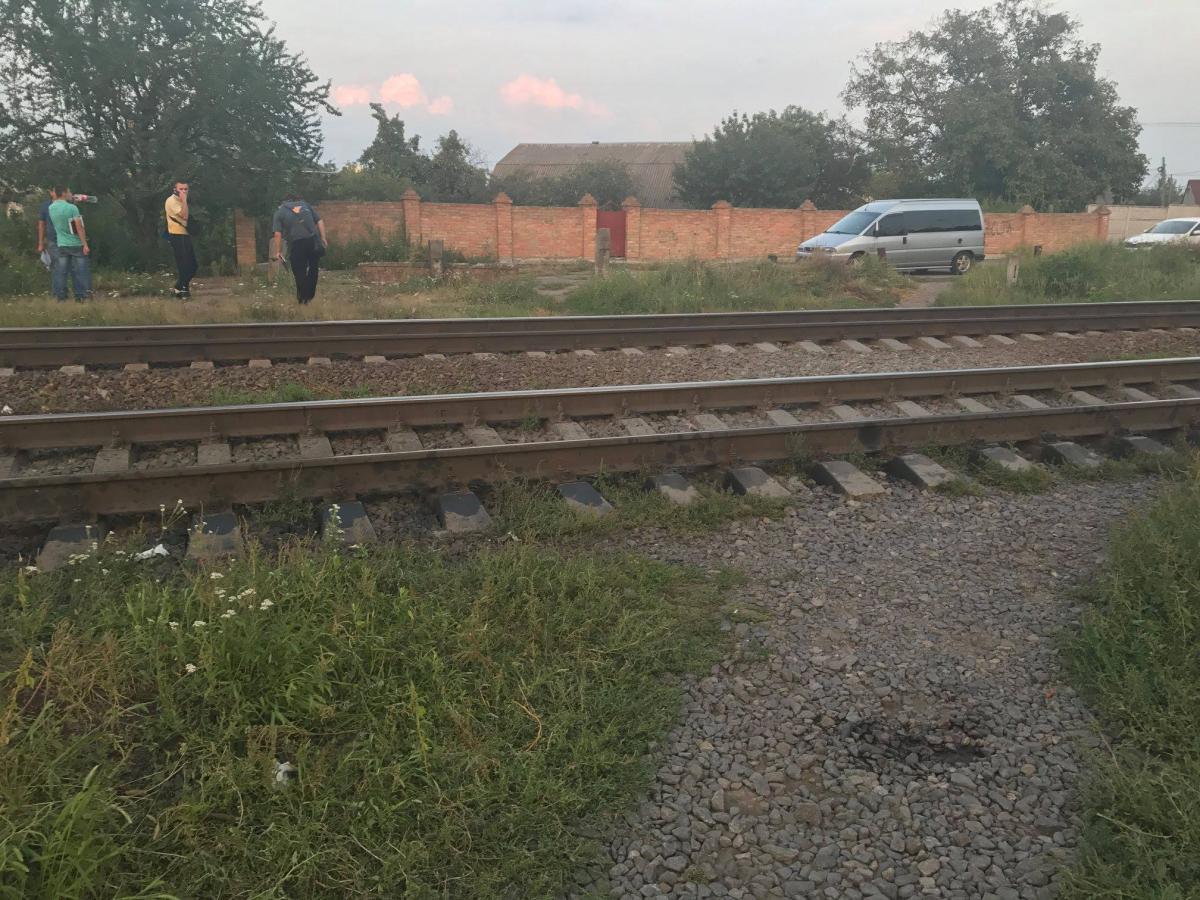 В Виннице возле железнодорожного переезда расстреляли молодую девушку / Facebook - Виктория Микитюк