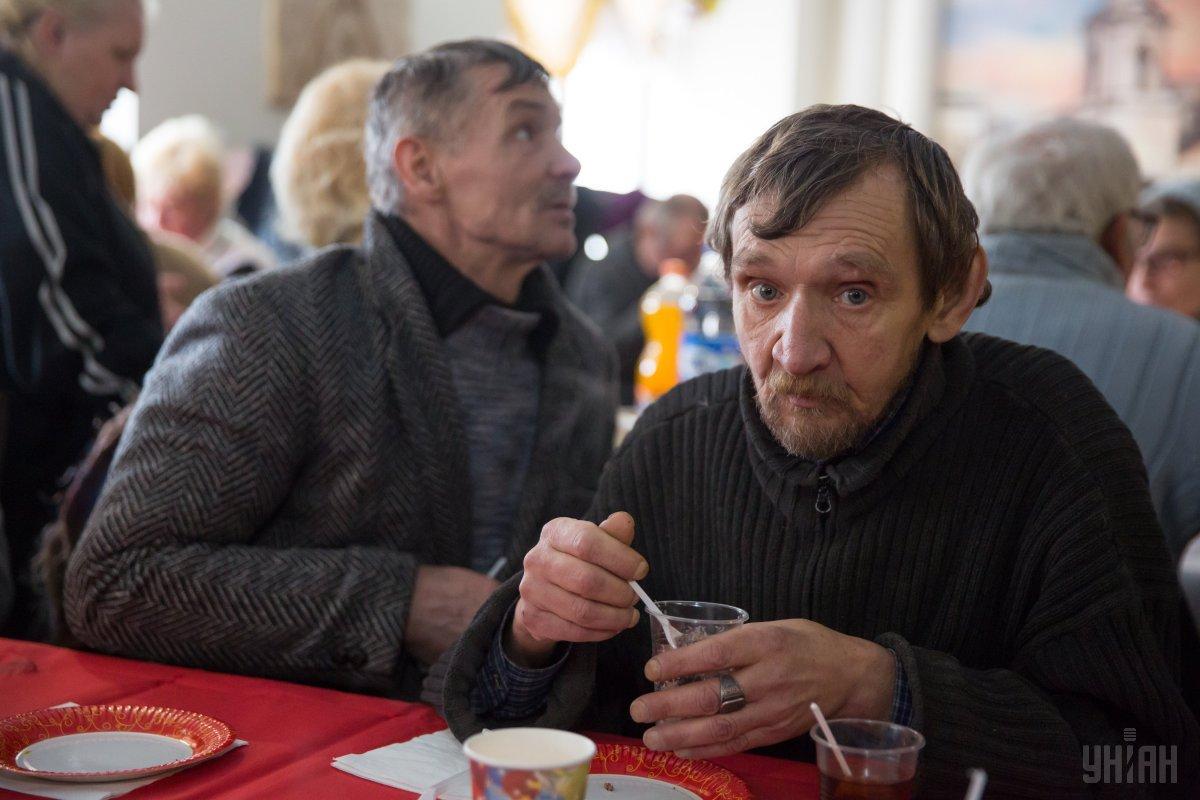 За оцінками експертів, в Україні близько 200 тисяч бездомних / Фото УНІАН