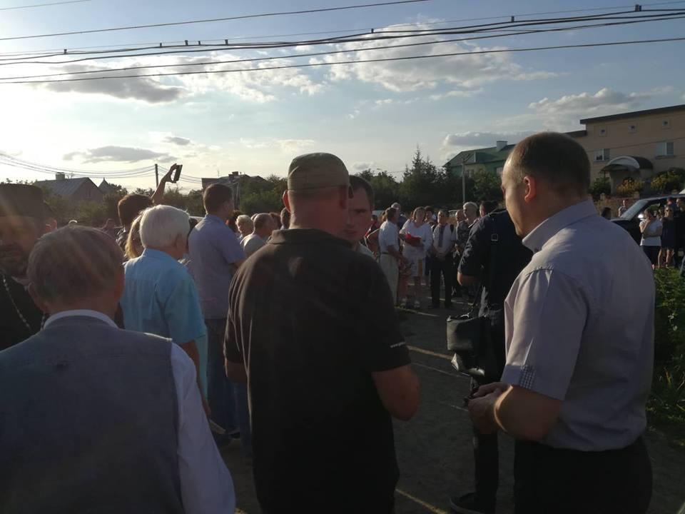 В Ровно местные депутаты и радикалы препятствуют строительству храма УПЦ / news.church.ua