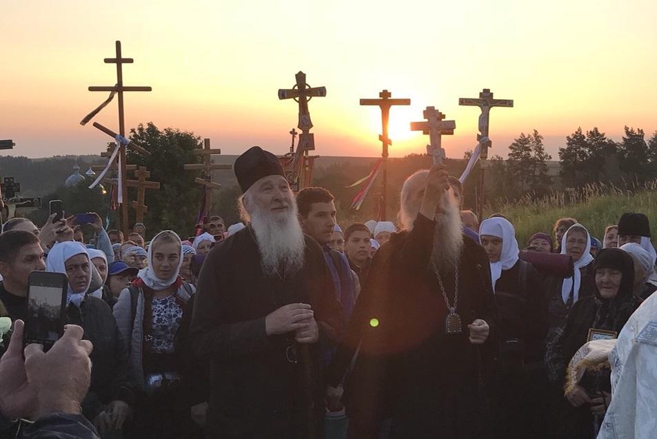 До Свято-Успенської Почаївської лаври віруючі мають намір дійти завтра, 25 серпня / news.church.ua