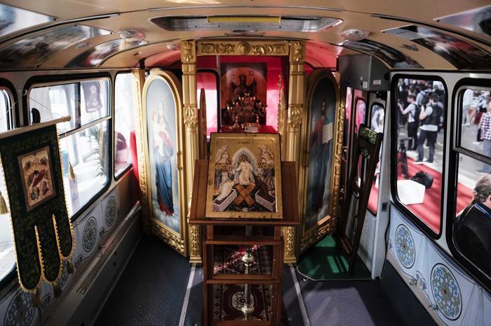 Единственный в России автобус-храм представили в Москве / Фото священника Игоря Палкина / foto.patriarchia.ru