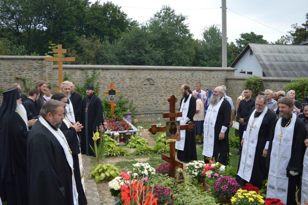 На Франковщине молитвенно помянули почившего 40 дней назад епископа Тихона / news.church.ua