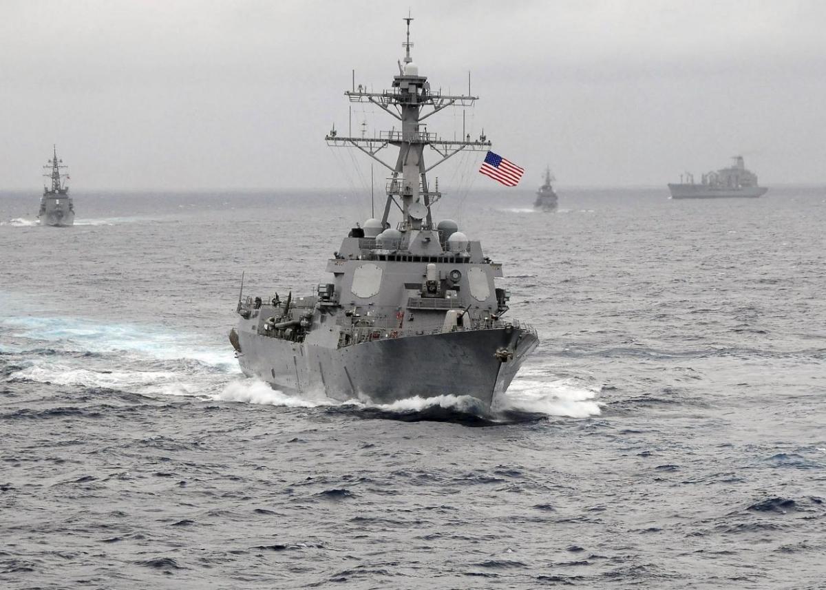 Корабль ВМС США / REUTERS