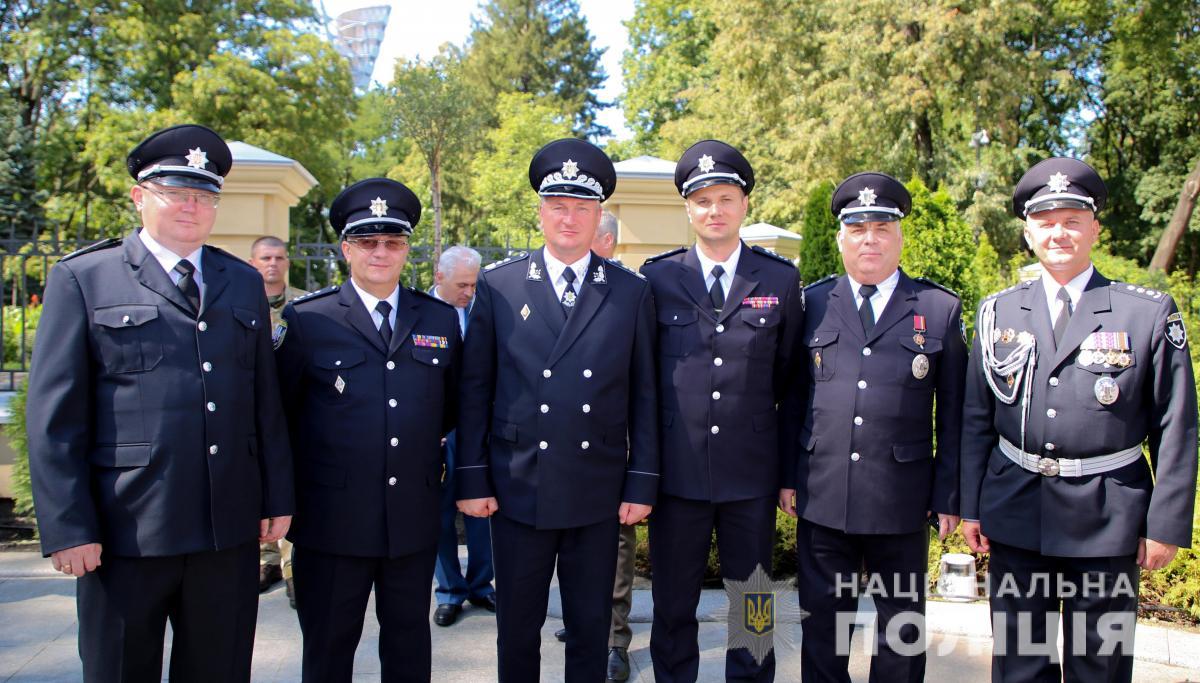 Порошенко присвоилчетырем полицейским звания генерала / фото npu.gov.ua