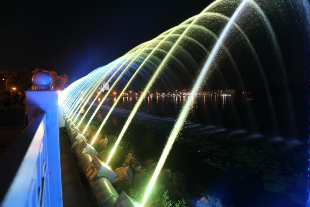 В Тернополе открыли самый длинный аэрационный фонтан в Украине / фото пресс-службы городского совета