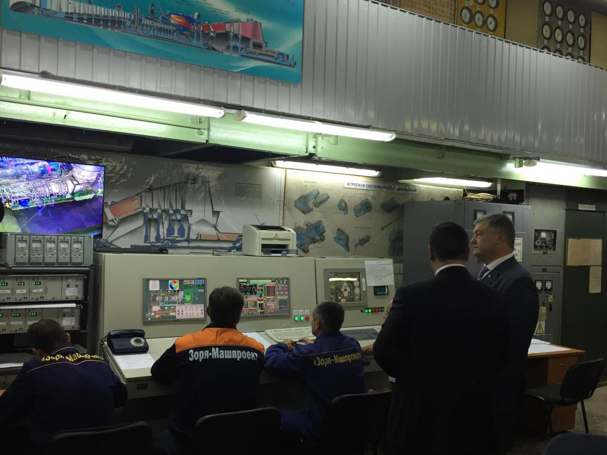 На «Зоря-Машпроекті» пройшли тестові випробування нової турбіни / фото twitter/poroshenko