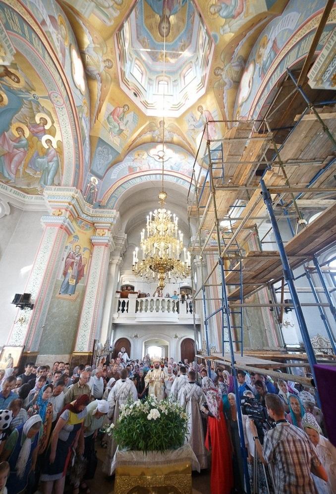 Строительство храмового комплексаеще продолжается / eparchia.kharkov.ua