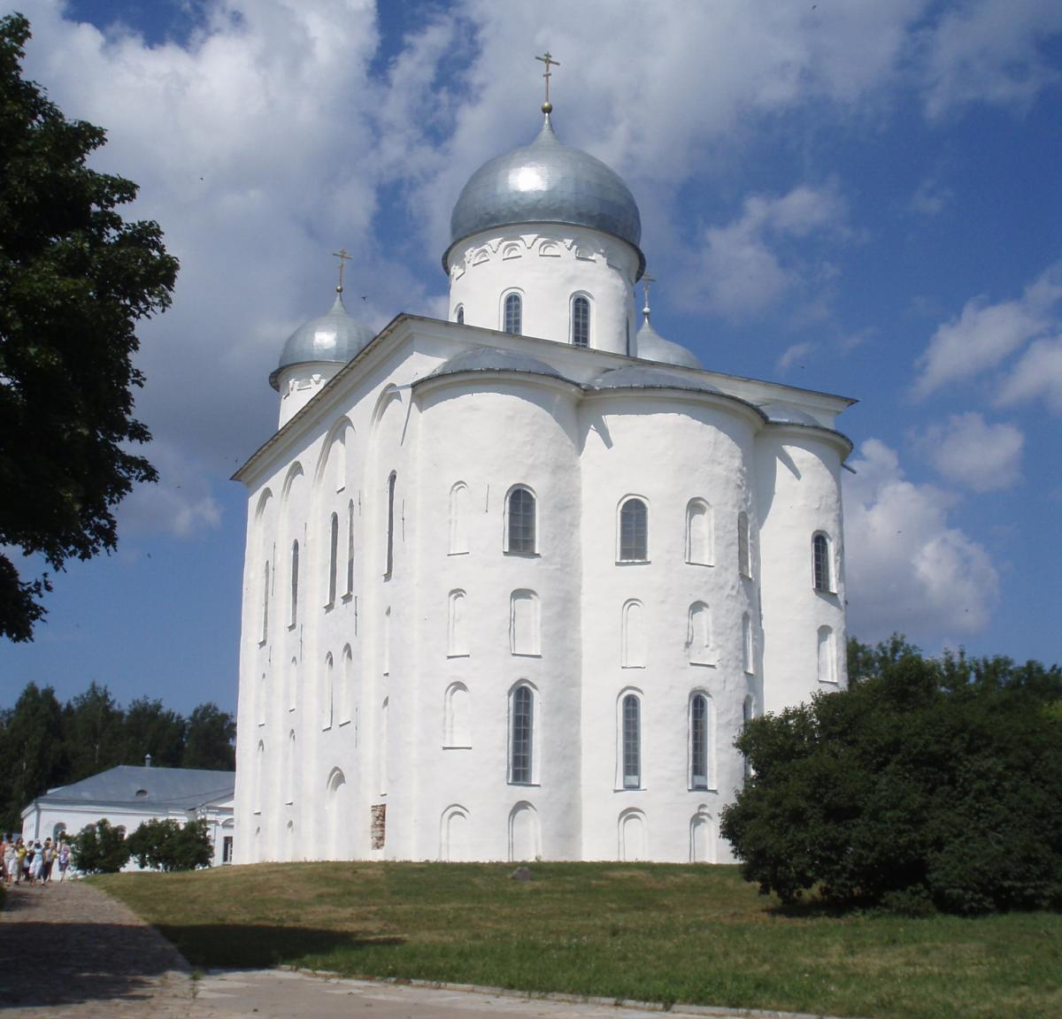 Георгіївський собор Свято-Юр'єва монастиря / wikipedia.org