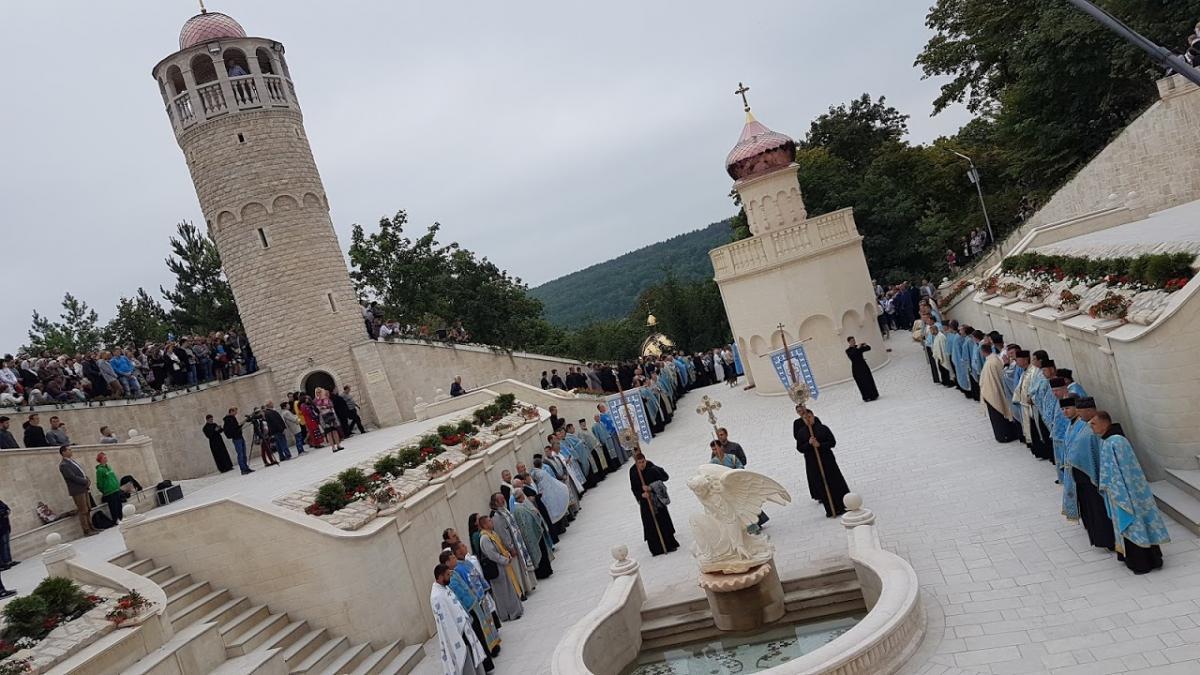 В Зарванице Глава УГКЦ освятил «Украинский Иерусалим» / tze.org.ua