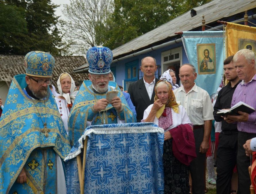 На Франківщині громада захопленого храму УПЦ відзначила престольне свято / ivano-frankivsk.church.ua