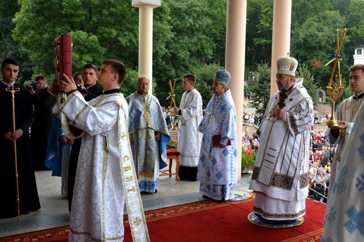 В Зарванице состоялось многотысячное Успенское паломничество УГКЦ / zarvanytsya.org