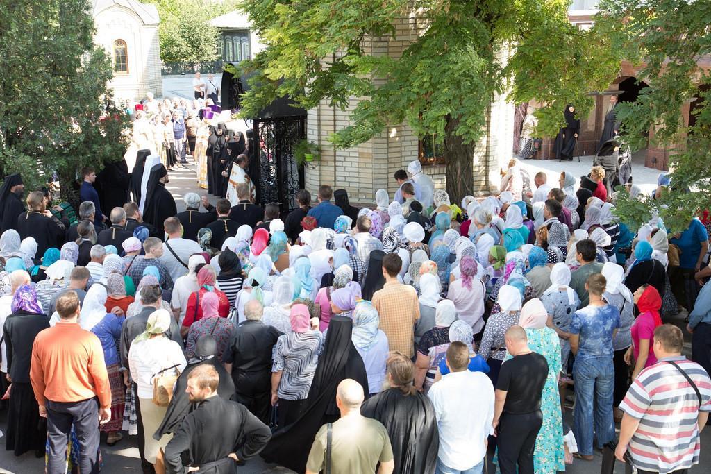 Количество паломников в этот день было традиционно велико / donetsk.church.ua