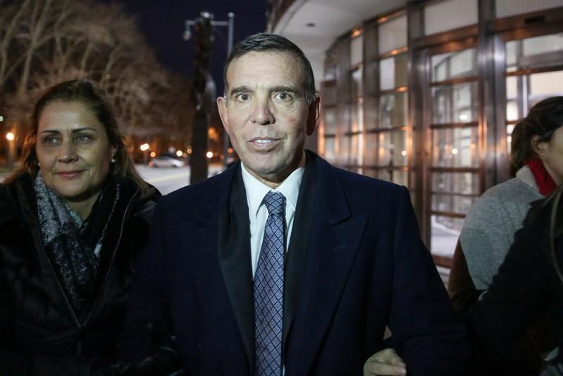Бывшего вице-президента ФИФА Напоута обвинили во взяточничестве и вымогательстве / REUTERS