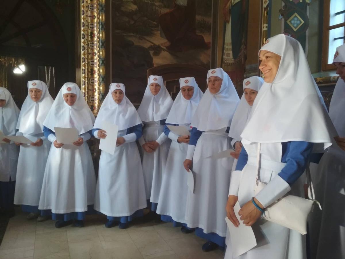 28 сестер милосердия приняли присягу на служение / Центр информации УПЦ