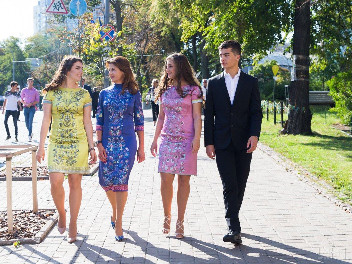 Євгенія та Олександра Порошенко будуть вчиться в Лондоні / фото УНІАН