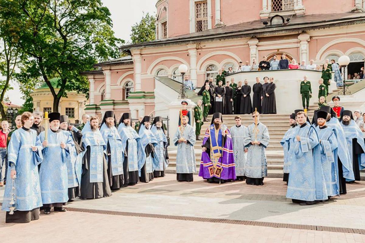 В Донском монастыре встретили чудотворную Донскую икону Божией Матери / donskoi.org