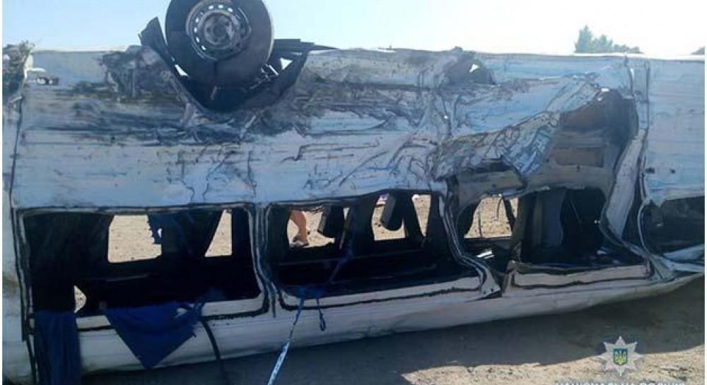 Жуткое ДТП на Запорожье с пятью погибшими детьми: шесть жертв, много т