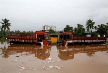 В Индии 79 человек стали жертвами наводнения