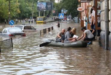 Во Львове выпало более четверти месячной нормы дождя (видео)
