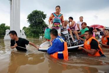"""В Китае девять человек стали жертвами тайфуна """"Румбия"""""""
