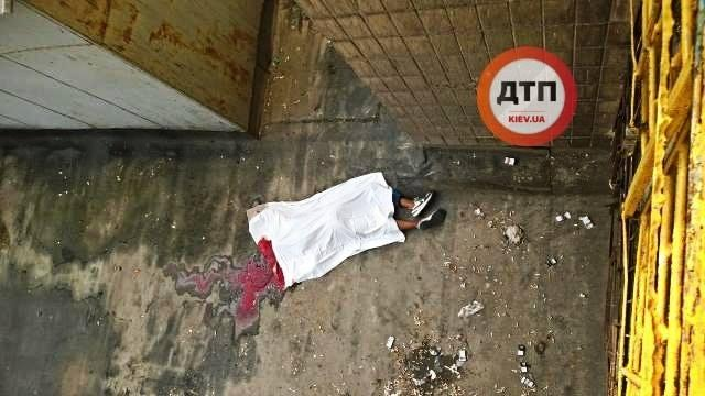 Біля гуртожитку КПІ загинув студент / фото dtp.kiev.ua