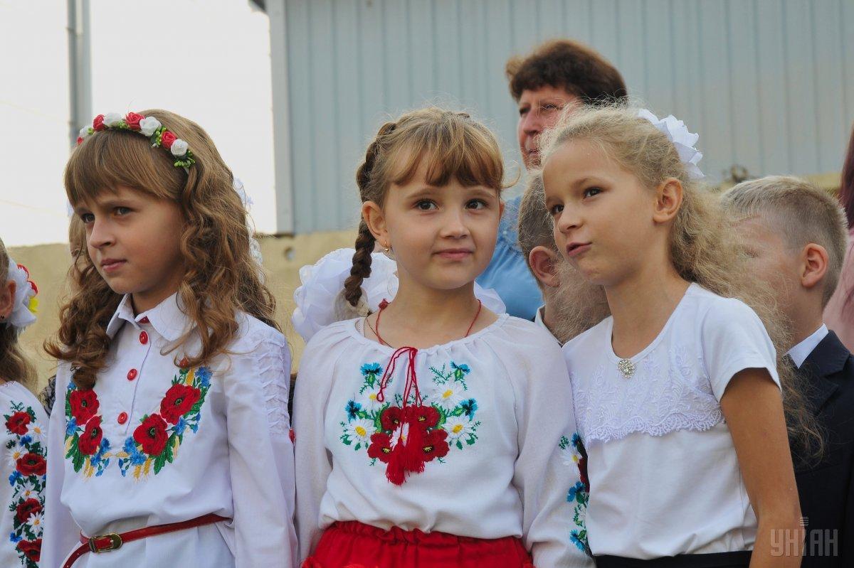Щороку День вчителя в Україні святкують у першу неділю жовтня / фото УНІАН