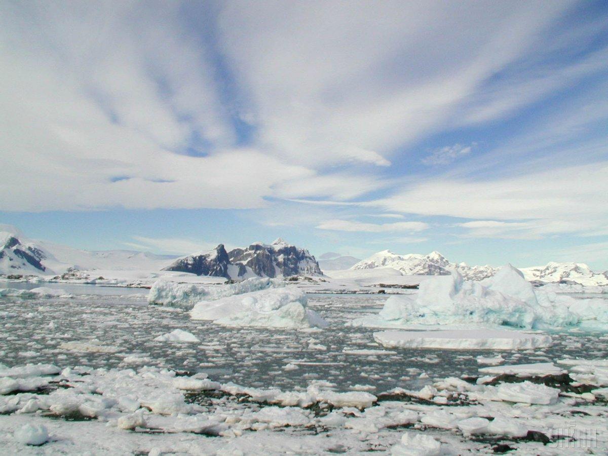 По ходу движения в Латинской Америке и Антарктиде Даниэль Грин будет организовывать съемочный процесс / фото УНИАН