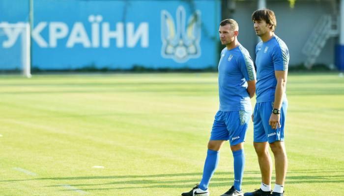 Андрей Шевченко и Александр Шовковский на тренировке сборной Украины / facebook.com/mykola.vas