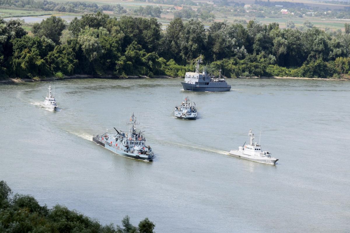 У церемонії відкриття взяли участь представники командування ВМС ЗСУ / фото: ВМС ЗС