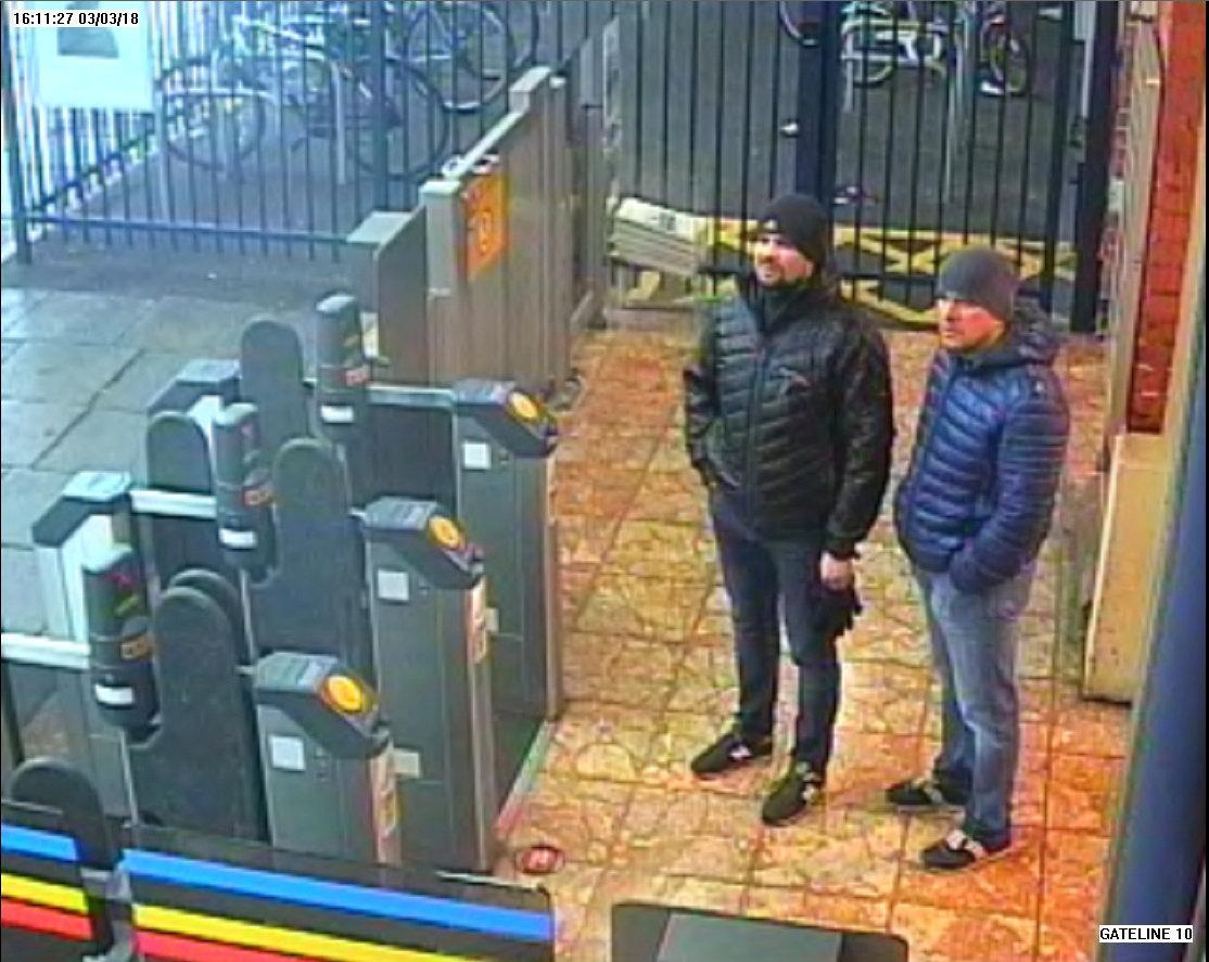 Боширов и Петров на железнодорожной станции в Солсбери 3 марта / REUTERS