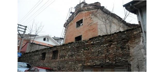 В Турции на продажу выставили армянский храм / blagovest-info.ru