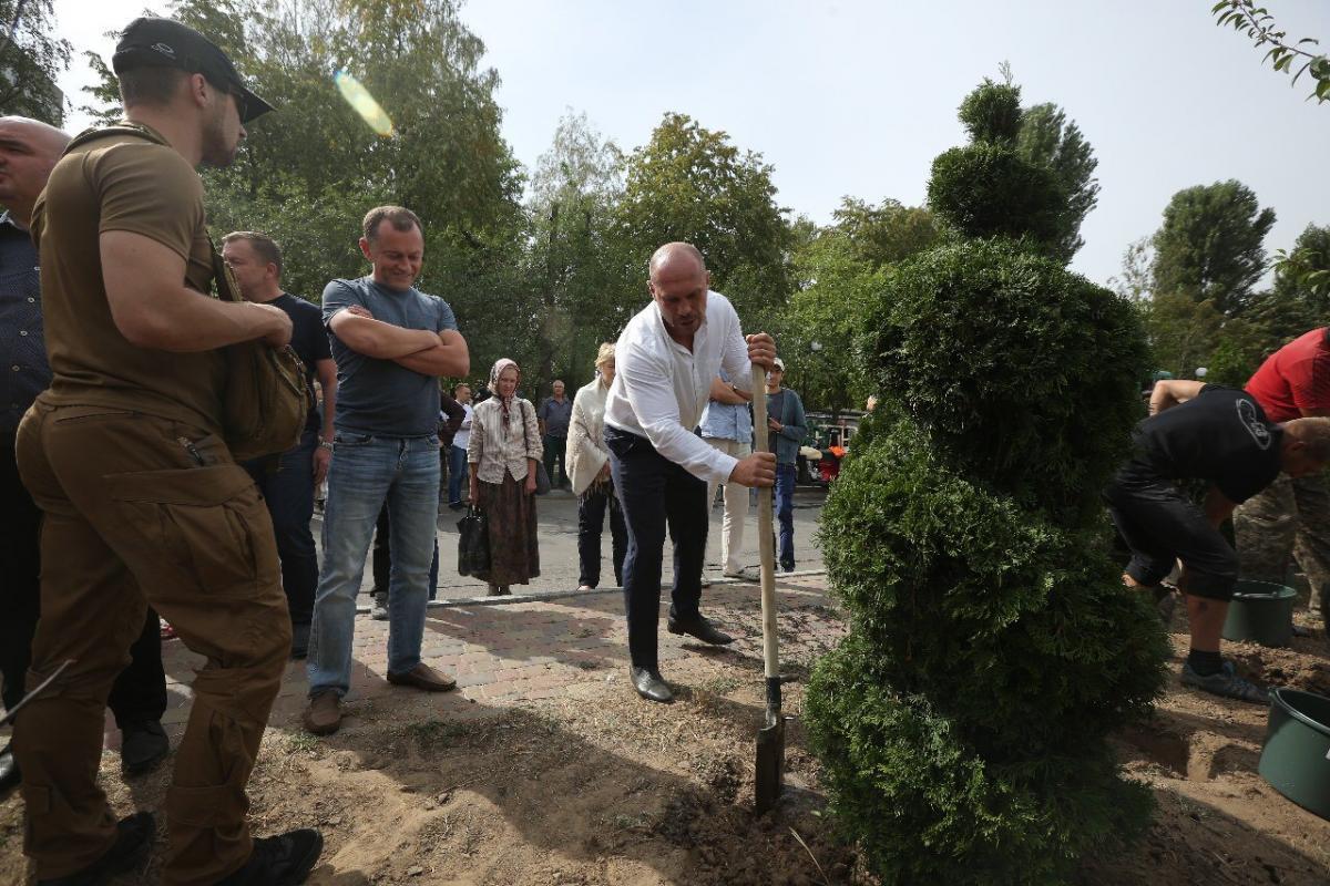 Кива взяв участь в створенні нового парку на місці скандальної забудови у Вишневому