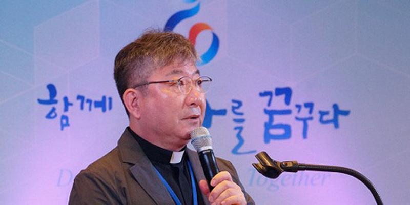 Участники форума обсудили интеграцию северокорейских беженцев в южнокорейское общество / sedmitza.ru