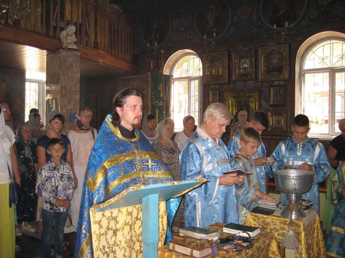 В Энергодаре православные совершили молебен / hramzp.ua